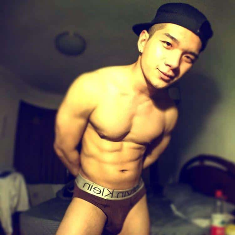 jay-gay-taipei-taiwan-cute-asian-white-party-royalty